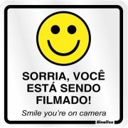 """Imagem de Placa de Poliestireno """"Sorria Você Esta Sendo Filmado """" 25cm x 15cm Branco - Sinalize"""